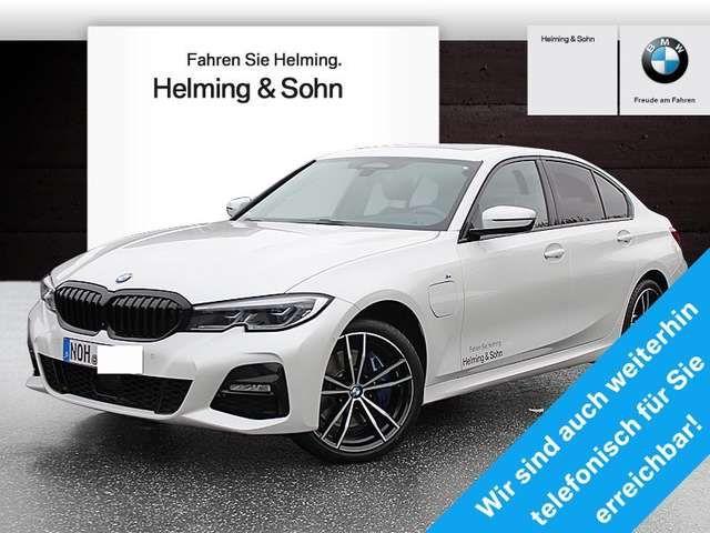 BMW 330 2019 Hybride / Benzine