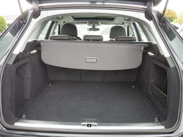 Audi A4 Avant 35 TDI sport USB PDC SHZ XENON NAVI