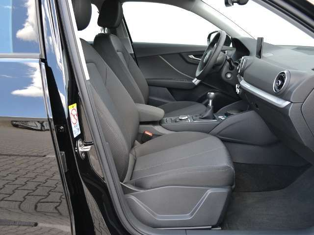 Audi Q2 30 1.0 TFSI NAVI/APS/SHZ/CLIMATRONIC/GRA/TEL.-VOR