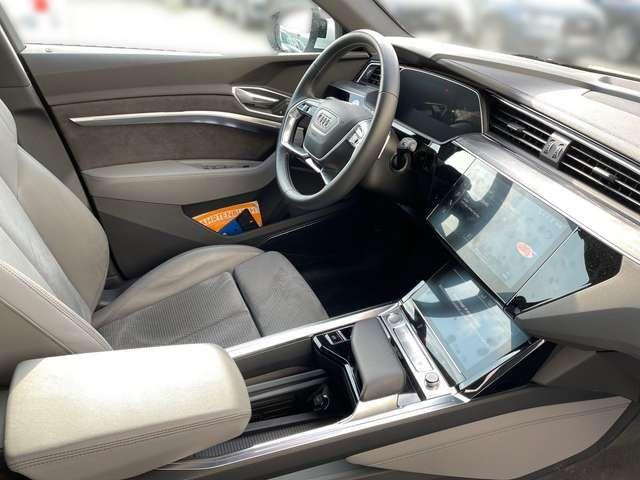 Audi e-tron advanced 55 Quattro /Navi;Standklima