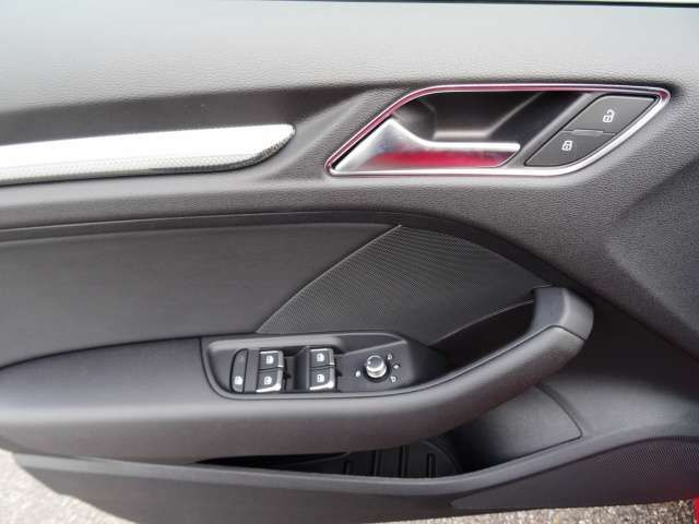 Audi A3 Sportback Design 1.5 TSI LEDER NAVI Bluetooth