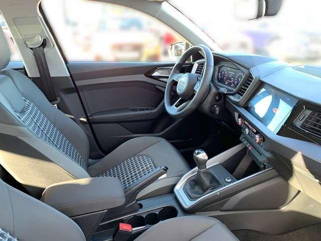 Audi A1 advanced 25 TFSI / MMI-Radio, DAB