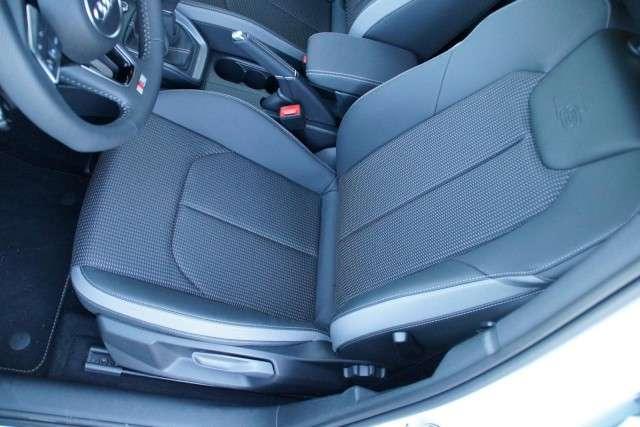 Audi A1 Sportback Sport 30 TFSI Navi+Einparkhilfe
