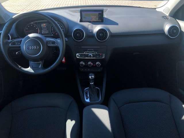 Audi A1 Sportback 1.0 TFSI+S TRONIC+TEMPOMAT+XENON