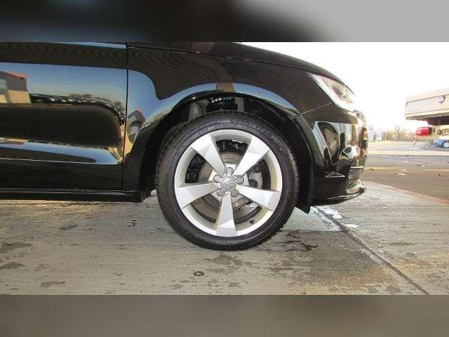 Audi A1 Sportback 1.0 TFSI, sport ultra XENON*SHZ*PDC