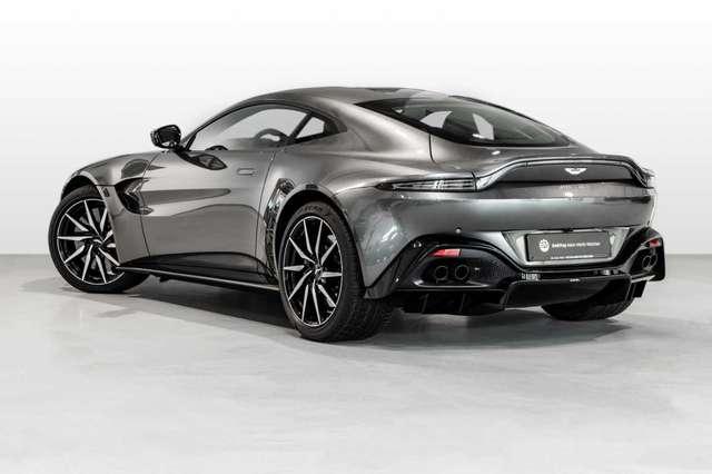 Aston Martin V8 Vantage New Vantage - begeistert rundum -