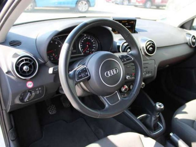 Audi A1 Sportback 1.0 TFSI ultra - S-Line*Media*Bluetooth!