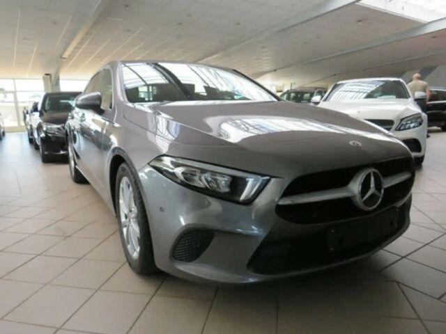 Mercedes-Benz A 200 2019 Benzine