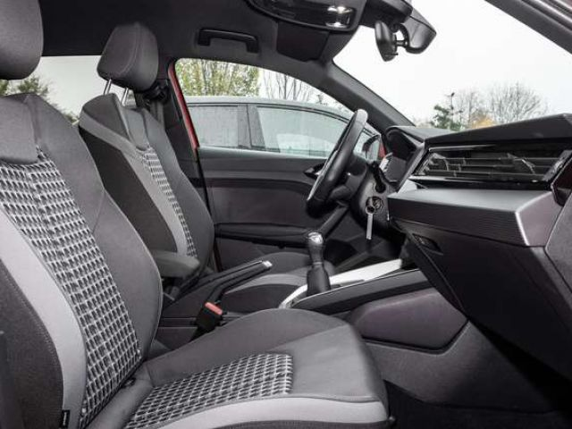 Audi A1 Sportback 25 TFSI Sport advanced virtual cockpit/