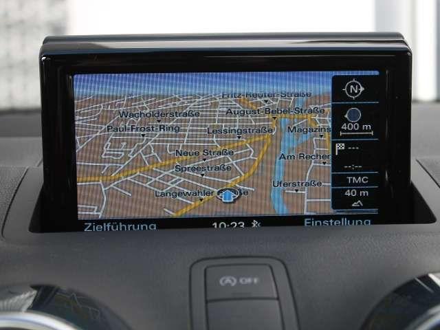 Audi A1 Sportback 1.0TFSI Sline NAVI TEMPOMAT XENON