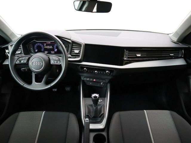 Audi A1 advanced 25 TFSI, Navi virtual GRA