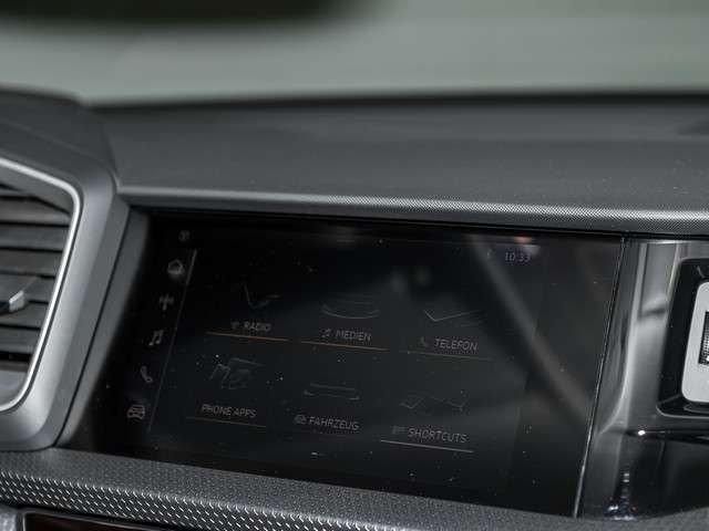 Audi A1 Sportback advanced 25 TFSI Einparkhilfe