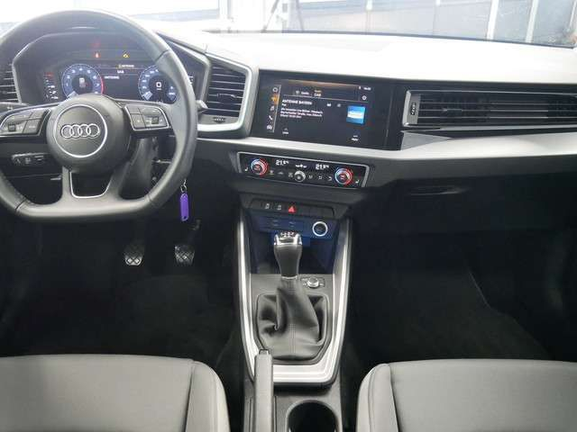 Audi A1 Sportback 25 TFSI S line/virt. Cock./PDC/SHZ