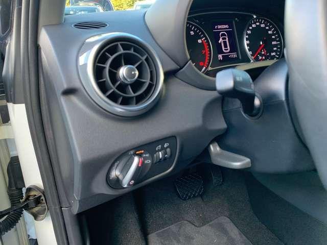Audi A1 1.0TFSI EU6 Sport s-tronic Navi PDC