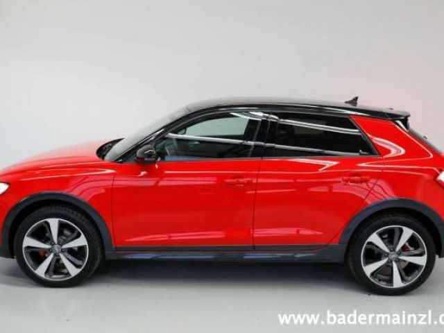 Audi A1 citycarver 35 TFSI S tronic PhoneBox SiHei