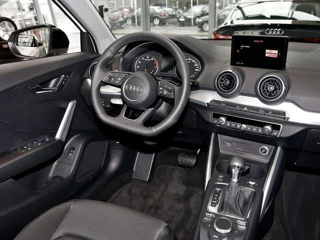 Audi Q2 Audi sport 35 TFS Sport Navi, PDC, GRA, SHZ,