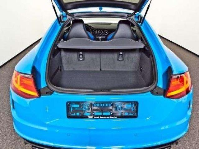 Audi TT RS quattro S tronic