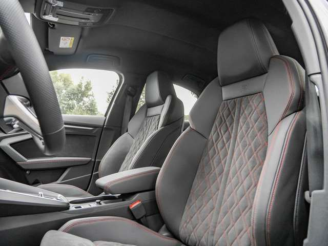 Audi A3 Limousine 35 TFSI S line S tronic MATRIX AMBI