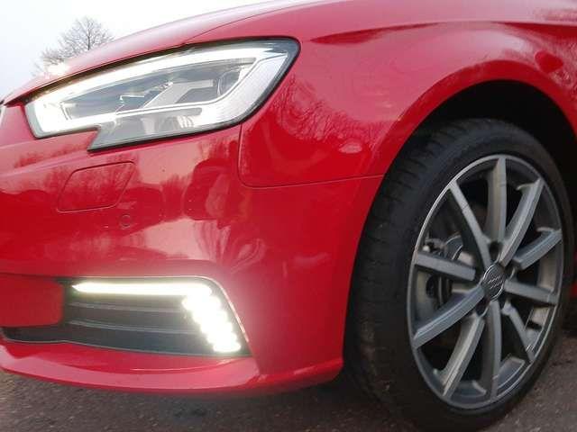Audi A3 Sportback 40 TFSI e-tron S tronic S line AHK e-tr