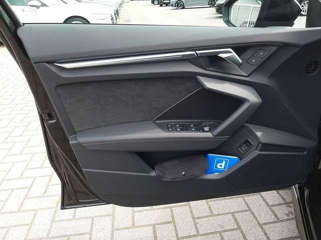 Audi A3 Sportback 30 TDI S line Navi LED Alcantara Optikp