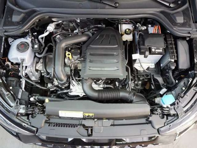 Audi A1 advanced 30 TFSI 85(116) kW(PS) Sch