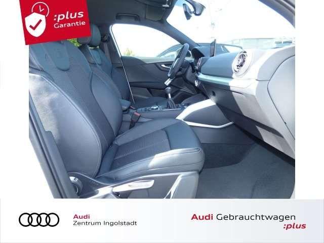 Audi Q2 35 TFSI S line LED NAVI Optik-schwarz Sport