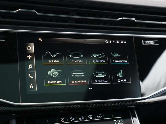 "Audi SQ7 *FWPadvanced*MATRIX*AHK*PANO*StdHz*HdUp*22"""