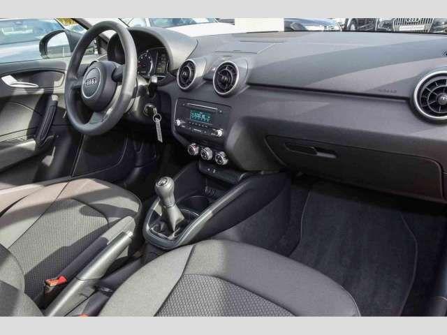 Audi A1 1.0 TFSI Alu Klima Audiosystem Tagfahrl. ESP ZV