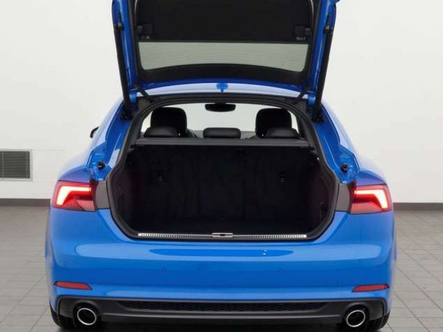 Audi A5 40 TFSI sport, S-line, LED, B&O, vi