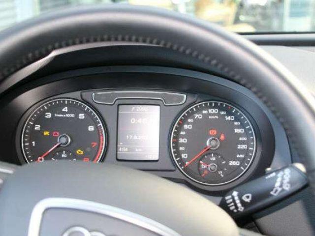 Audi Q3 design 1.4 TFSI Xen*Navi*Heckkl elektr