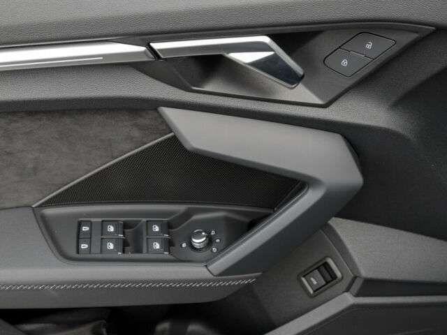 Audi A3 Lim 35 TDI 2 x S line Navi Matrix virtual