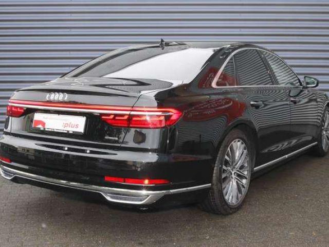 Audi A8 60 TFSI e quattro 330(449) kW(PS) tiptronic Navi