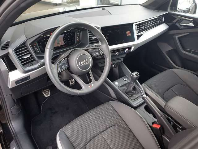Audi A1 25 TFSI S-Line Sport advanced, Navi