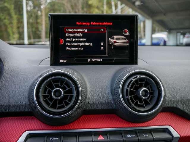 Audi Q2 sport 35 TFSI KLIMA PDC AHK SHZ NAVI LED