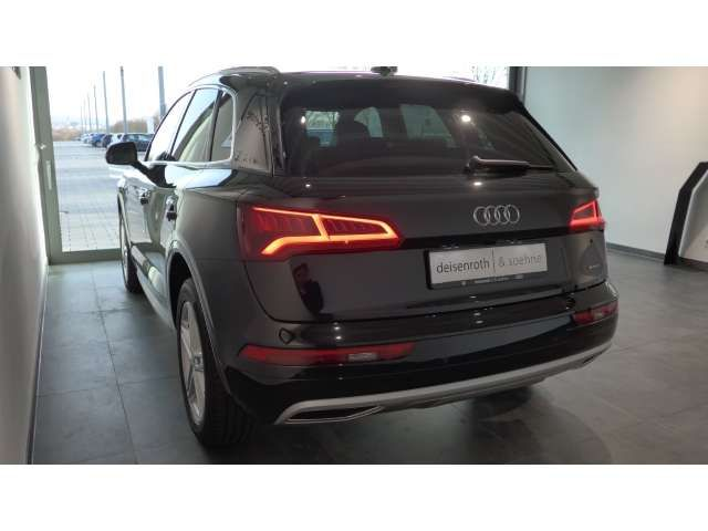 Audi Q5 2.0 TDI S line/ AHK/ Virtual/ Assist/ LED/ DAB