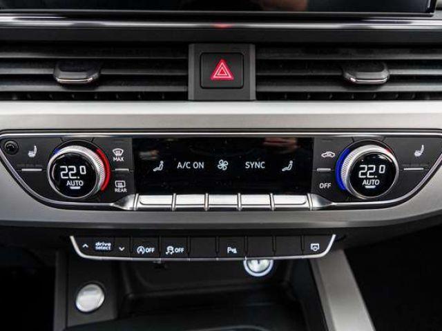 Audi A4 Avant S line 45 TDI qu.tiptr. PDC NAVI PANO