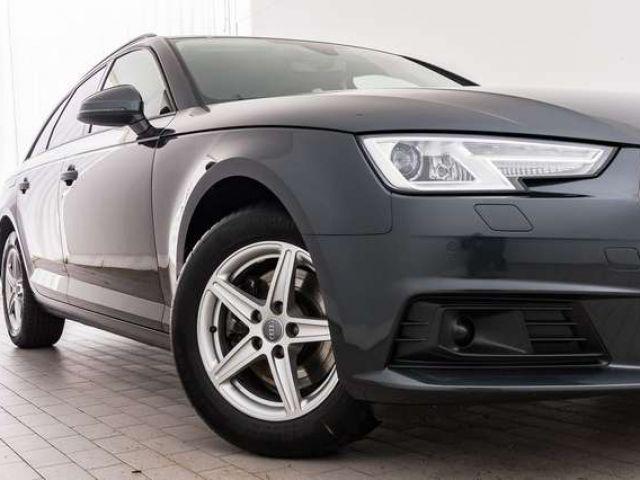 Audi A4 Avant 35 TDI S tronic XENON PDC+ NAVI STDHZG