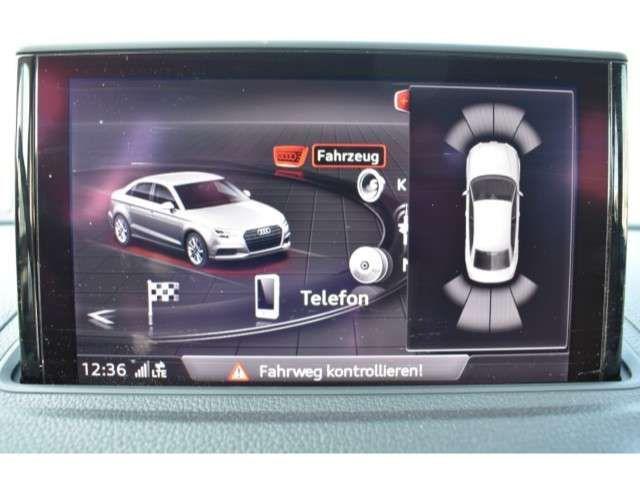 Audi A3 Limousine 1.6 TDI S-tronic +NAVI+SHZ+PDC+BUSI