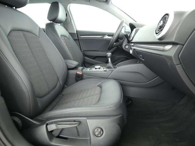 Audi A3 design 30 TDI *MATRIX*NAVI*8-fach*