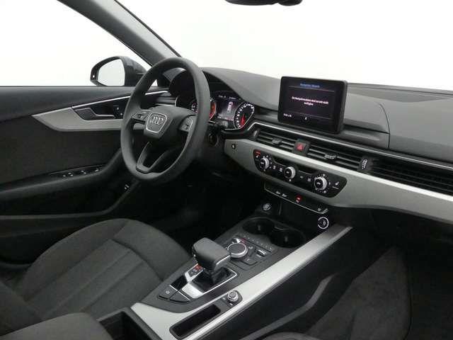 Audi A4 Avant 30 TDI Xenon, Navi, PDC, SHZ