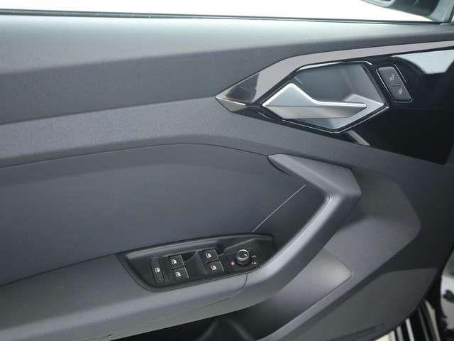 Audi A1 Sportback S line 30 TFSI STRONIC NAVI LED