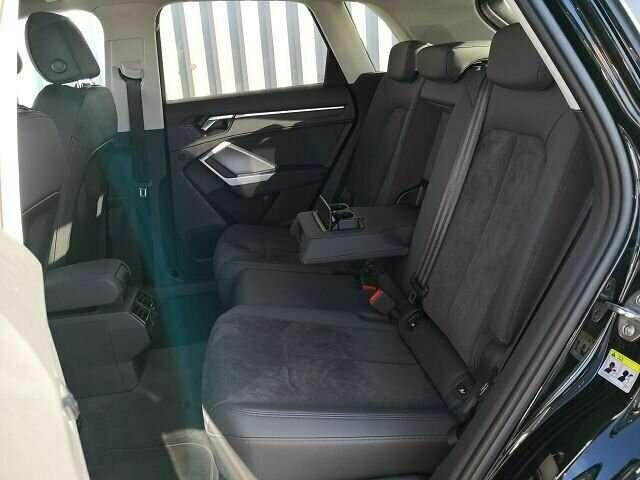 Audi Q3 35 TFSI S-Line Black S-Tronic Navi Pano AHK