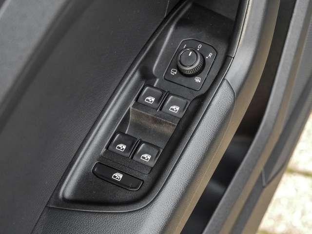 Audi A1 Sportback advanced 30 TFSI S tronic MMI+ LED Keyl