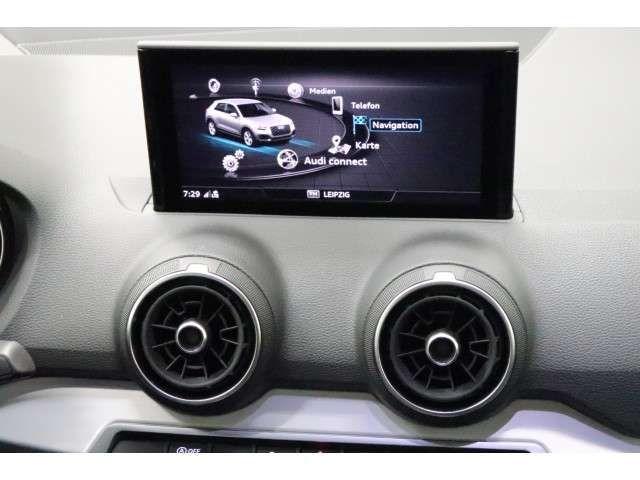 Audi Q2 40 TFSI quattro sport S tro. *S-line*LED*Pano
