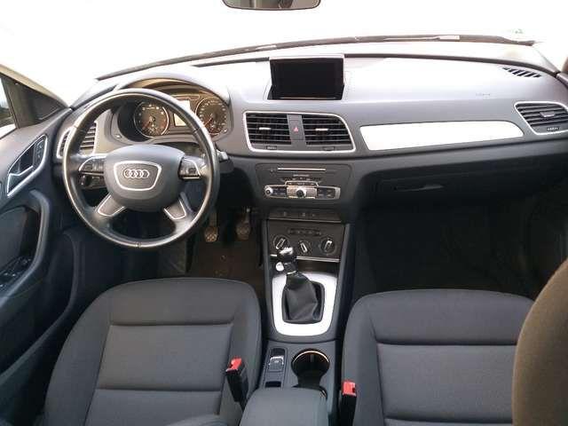 Audi Q3 1.4 TFSI 8-fach Bereifung vorhanden und AHK