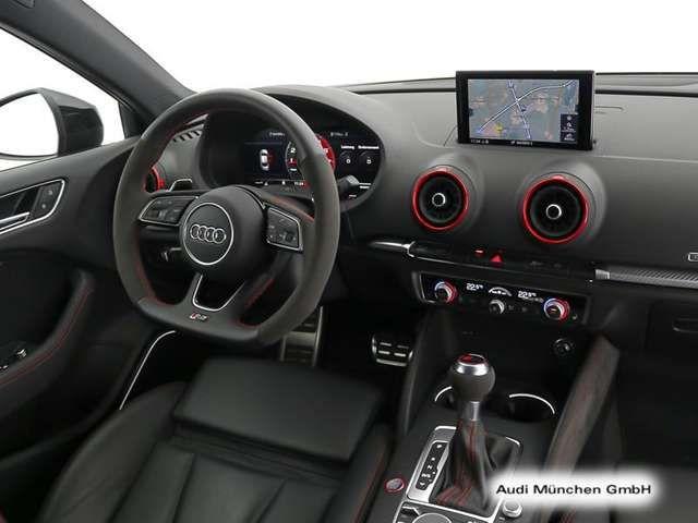 Audi RS3 Limousine S tronic Sportabgas/ACC/Matrix/B&O