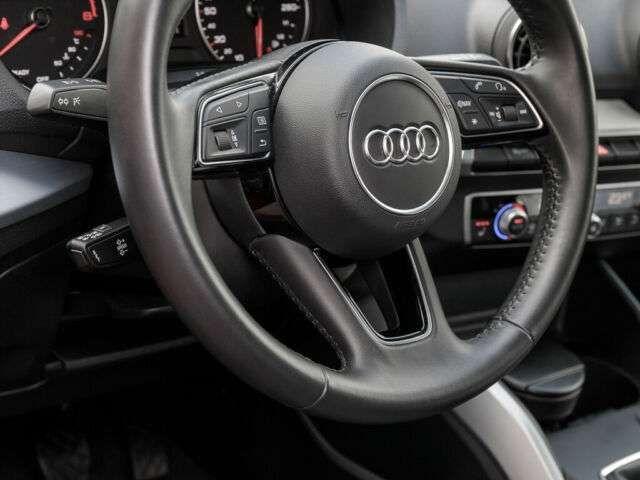 Audi Q2 35 TFSI SPORT NAVI LM17 CONNECT SOUNDPAKET