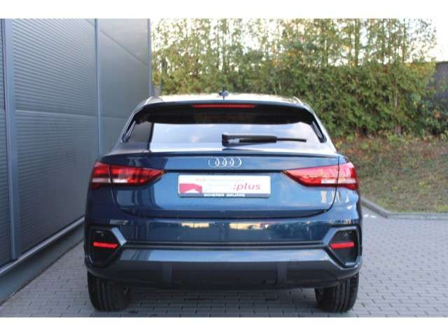 Audi Q3 35 TFSI S tronic VIRTUAL/NAVI/AHK/P