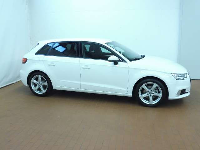 Audi A3 Sportback 1,5 TFSI sport KLIMA XENON