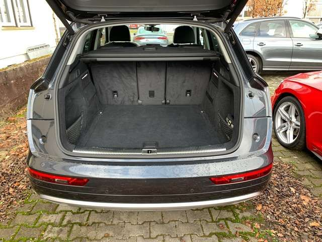 Audi Q5 2.0TDI qua. S-trc Navi AHK-Vorb. LED Sitzh Ei